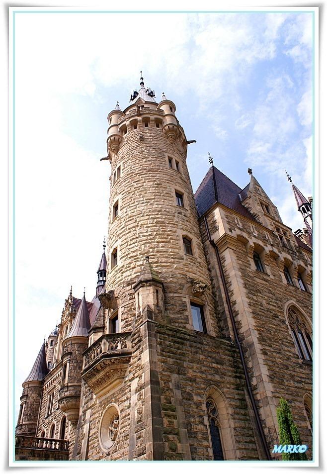 Zamek w Mosznej 03