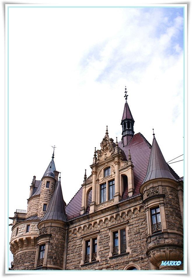 Zamek w Mosznej 04